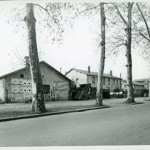 Boulevard de l'hippodrome entre rue Lakanal et rue du Tonkin en décembre 1961 (19Fi194)