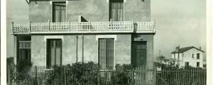 Une maison-type des cottages (4Fi47)