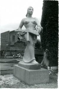Projet de statue par Georges Salendre (photo Sylvestre)