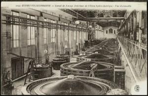 L'intérieur de la centrale hydroélectrique, carte postale (2Fi216)