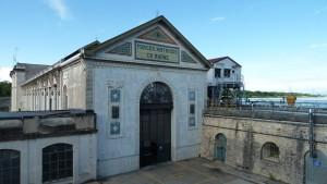 façade sud de la centrale hydroélectrique (ph. S. Madjar)