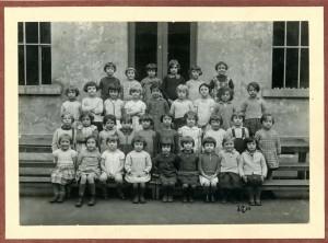 une classe de 1936/1937 (17Fi187)