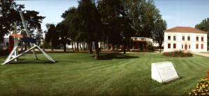 Le parc et la maison René Cassin dans les années 1990 (ph. OVIDE)