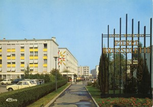 Le Lycée Pierre-Brossolette en 1970 (photo C I Mâcon) (2Fi491)