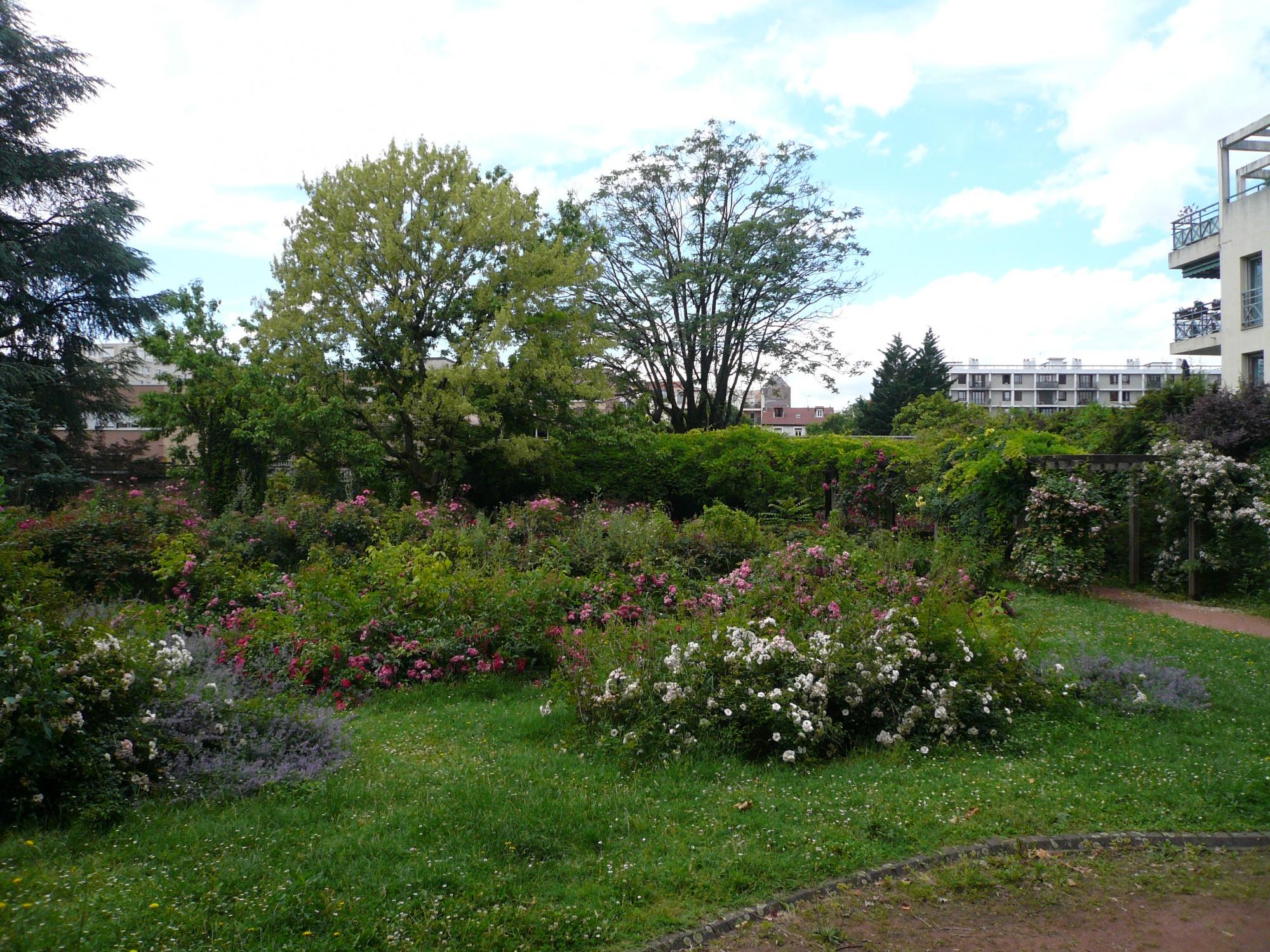 Jardin des tout petits adolphe lafont et square de la for Tout petit jardin
