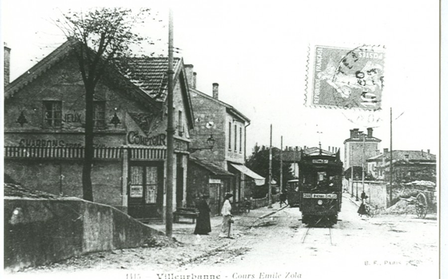 Le Terminus en 1900. Source : archives municipales de Villeurbanne.