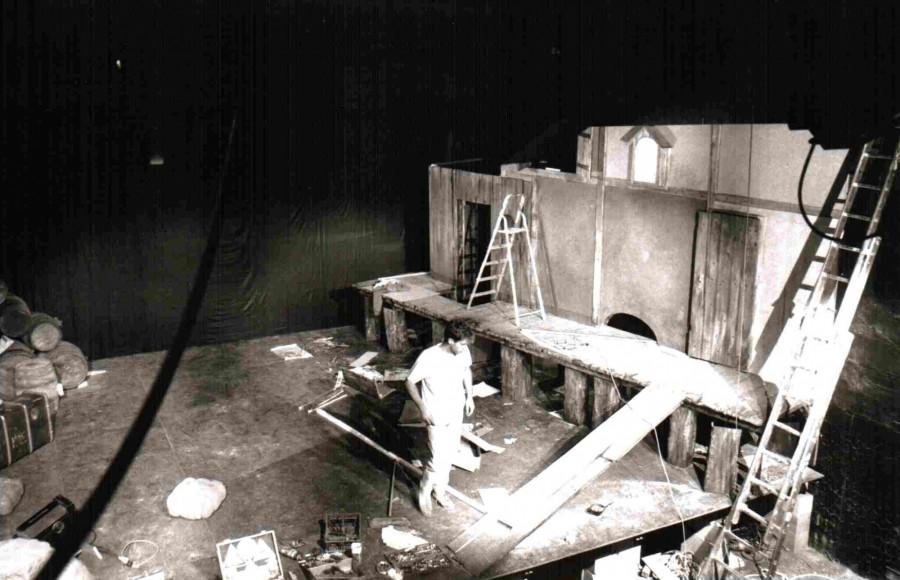 Travaux dans le théâtre 1988. Source : théâtre de l'Iris