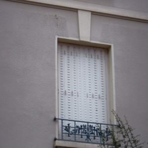 Chirat rue 36_Détail fenêtre  garde corps Est_20161030