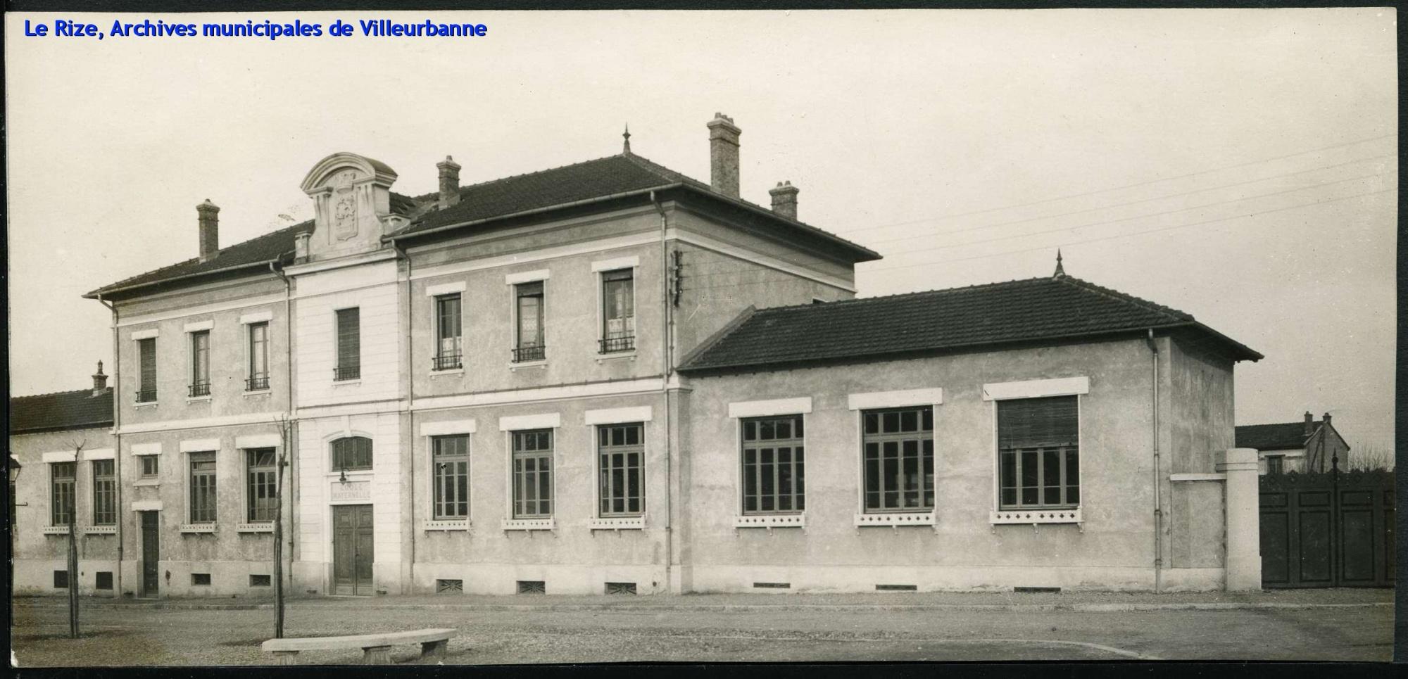 Ecole maternelle de Cusset. Photographie AMV 4 Fi 120.