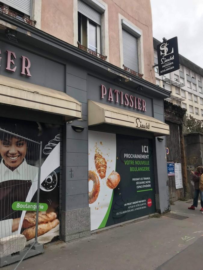 Façade de la boulangerie Liaudet avant démolition (novembre 2020)
